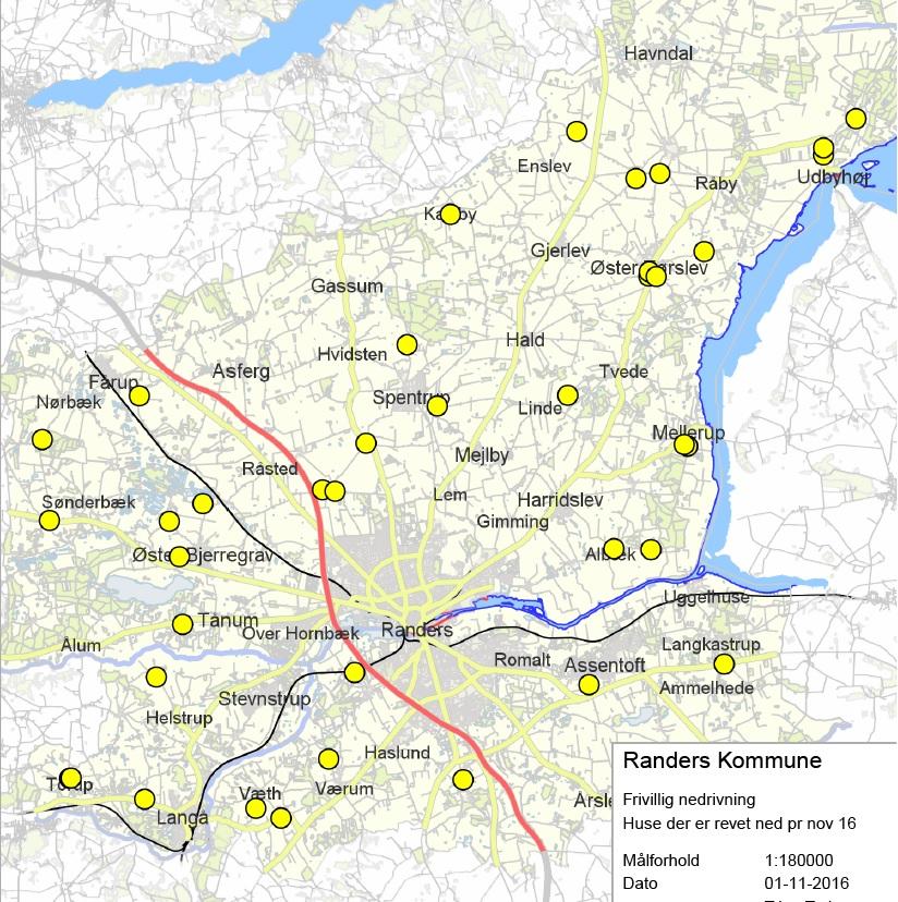 De gule prikker repræsenteret et hus, der er blevet nedrevet. Kort: Randers Kommune.